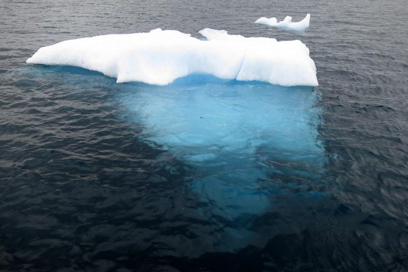 weisser eisberg