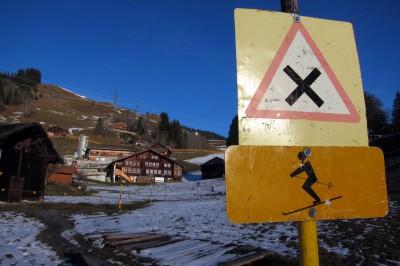 vorsicht, skifahrer