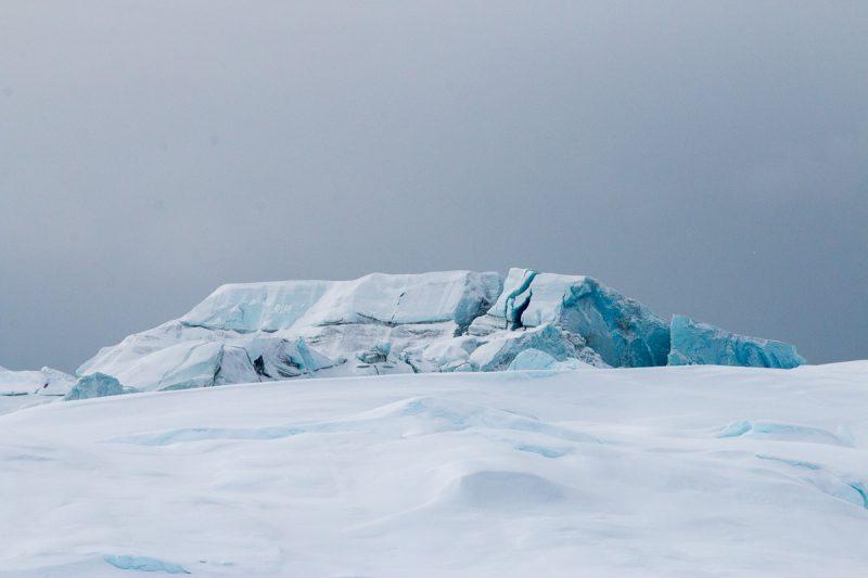 eisberge im schönen licht