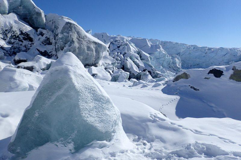 zum russel gletscher
